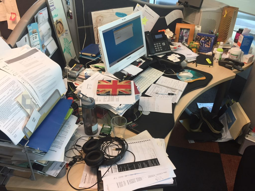 What Your Office Desk Reveals About You
